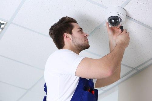 поставяне на камери за видеонаблюдение